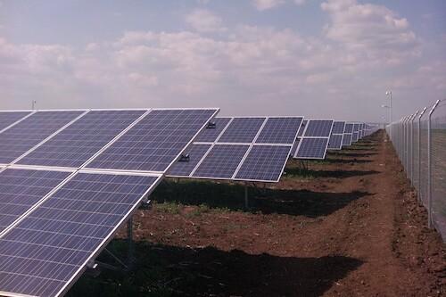 Solet-Bulgarijoje-irenge-pirmaja-1,5MW-galios-saules-jegaine