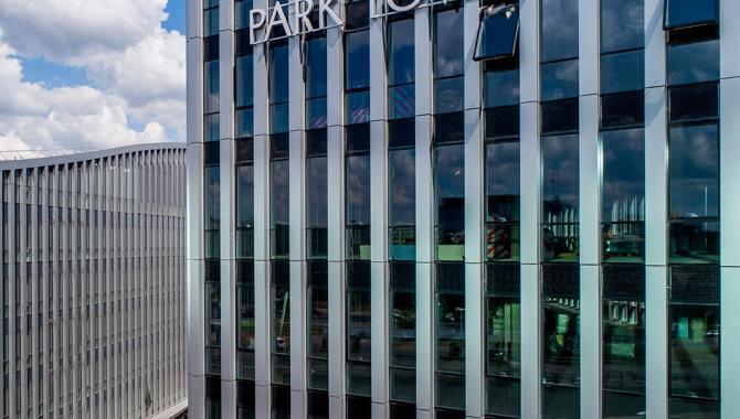 park town integruota i fasada saules elektrine