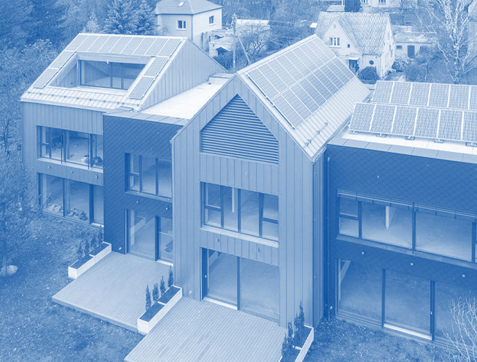 saules-elektrine-namams aeronamai ant stogo