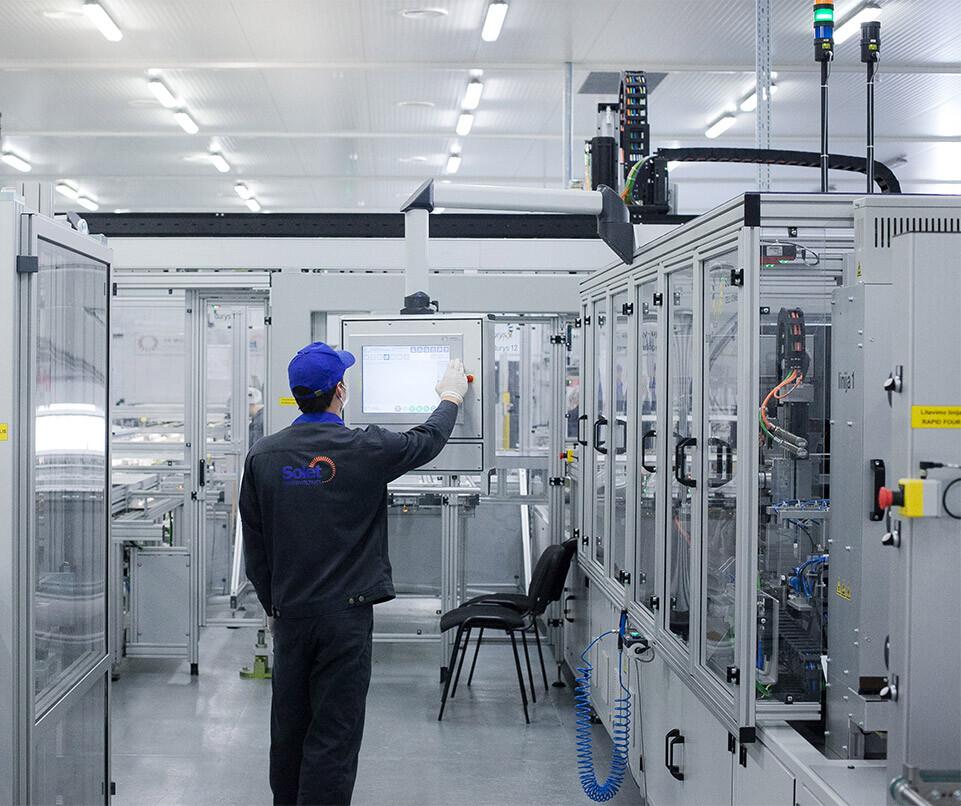 saules-elektriniu-ekspertai solet technics gamykla