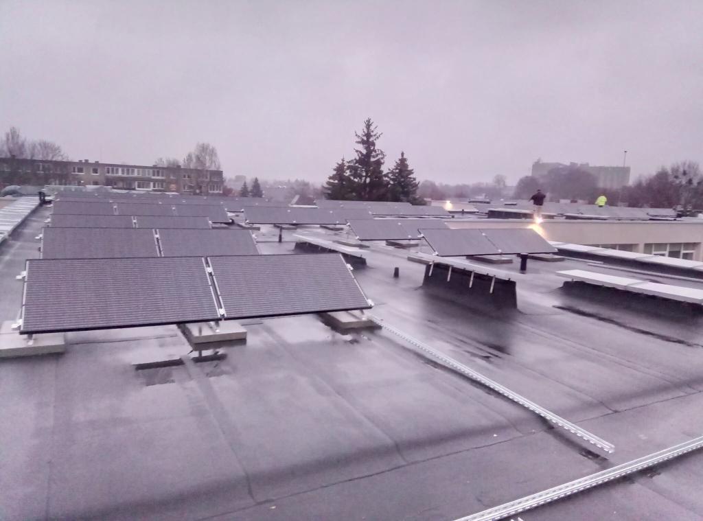 saulės elektrinė mokykloje įrengiama