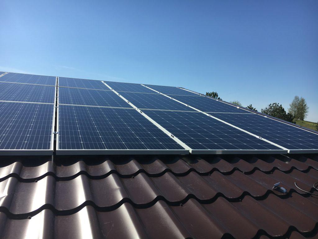 banguota skarda ir saulės baterijos