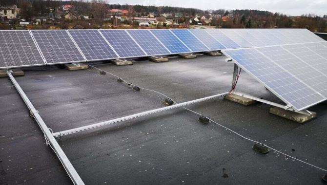 saulės elektrinės įžeminimo sistema