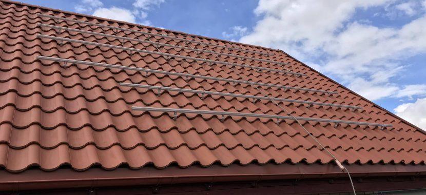Čerpinis stogas montuojama saulės elektrinės konstrukcija